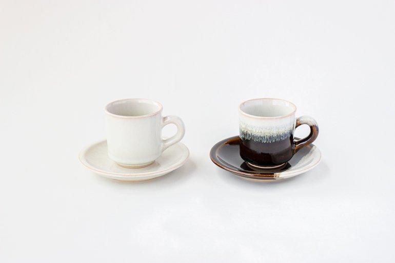 コーヒーカップ・ソーサ—