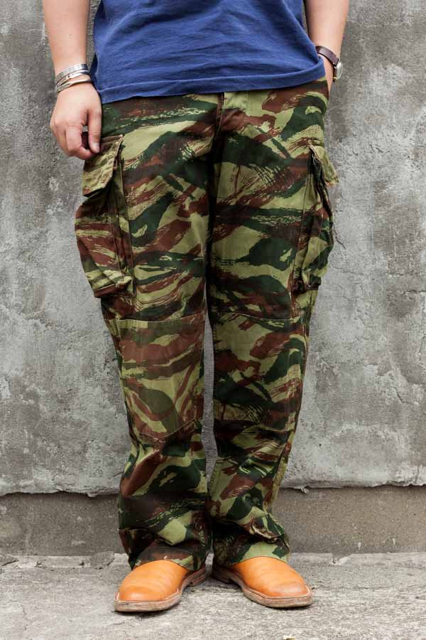 70s FRENCH LIZARD CAMO CARGO PANTS
