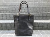 <img class='new_mark_img1' src='https://img.shop-pro.jp/img/new/icons14.gif' style='border:none;display:inline;margin:0px;padding:0px;width:auto;' />vasco LEATHER TRAVEL TOTEBAG-HIGH GRAY