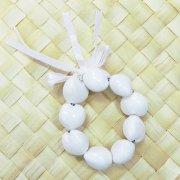 ホワイト(白) カラーククイナッツブレスレット  ホワイト