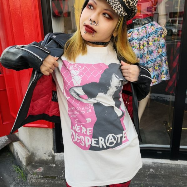 【ROCK ROLL REPEAT】Cover Girl Unisex T (Unisex)カバーガール★ネコポス全国一律¥250にてお届け★