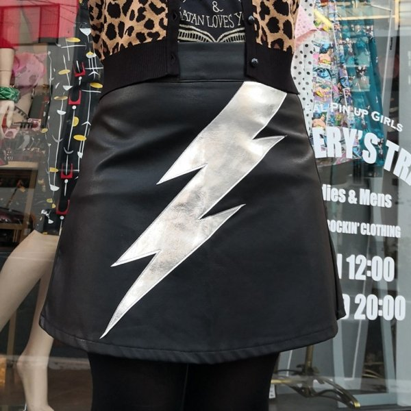 <img class='new_mark_img1' src='https://img.shop-pro.jp/img/new/icons1.gif' style='border:none;display:inline;margin:0px;padding:0px;width:auto;' />【JAWBREAKER】Aladdin Sane Tribute A-line Skirt