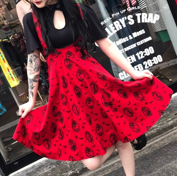 【Bonsai Kitten】Red Horror Vixen Circle Pinafore