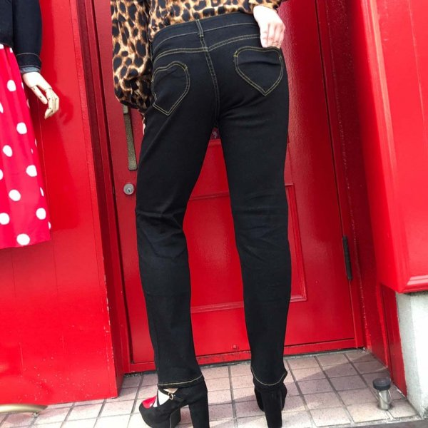 【Voodoo Vixen】Naomi Heart Pocket Jeans ハートポケットブラックストレッチデニム スリムフィット