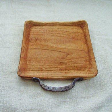 暮らしの時間が流れていく「おうちカフェトレイ」 木のトレイ 一人用角トレイ(アイアン)