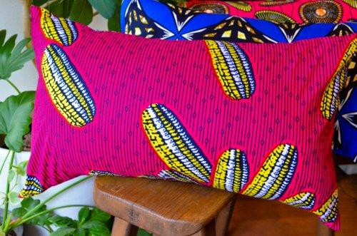 アフリカンプリントのクッション トウモロコシ
