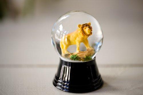 スノードームS ライオン