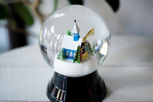 スノードームL クリスマスチャペル