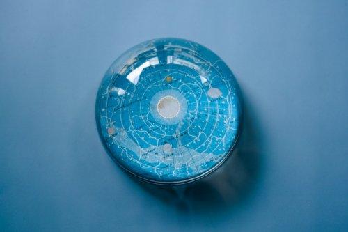ペーパーウェイトドーム 宇宙