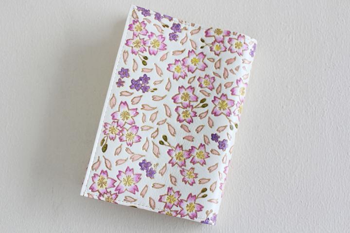 ブックカバー 文庫フリーサイズ <桜>