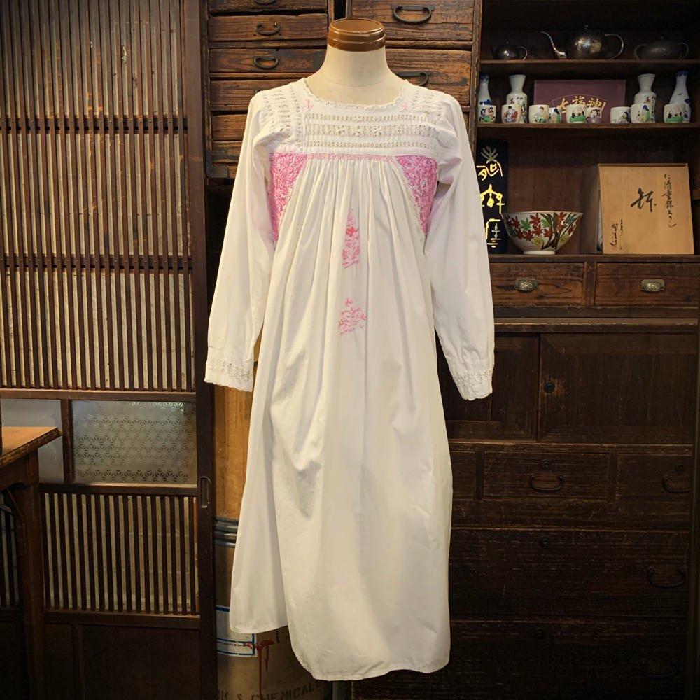 古着 通販 サンアントニーノ刺繍 ワンピース【1970's】メキシコ刺繍 長袖