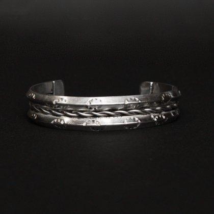 古着 通販 ナバホ ヴィンテージ バングル【STERLING】Heavy Coin Silver & Wire Design