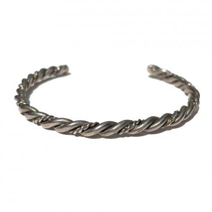 古着 通販 ナバホ フレッドハーヴィースタイル シルバーバングル ワイヤー ツイスト【NAVAJO - STERLING】Wire Silver Twisted Design