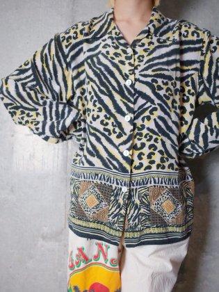 古着 通販 タイガー柄オープンカラーシルクシャツTiger & Leopard Open Collar Silk Shirt