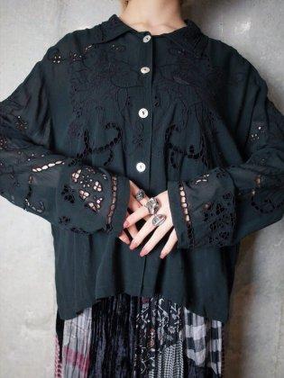 古着 通販 アイレット刺繍ブラックレーヨンシャツEyelet Embroidery Black Rayon Blouse
