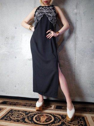 古着 通販 コード刺繍スリットワンピースCode Embroidery Slit Dress