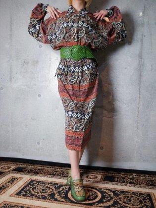 古着 通販 1980年代ペイズリー柄前開きワンピースPrimitive Paisley Front Open Dress