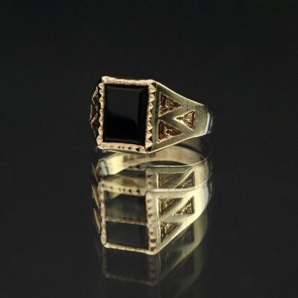 古着 通販 ヴィンテージ シグネット リング【Made in ENGLAND】【375 9ct Gold】Square × Onyx