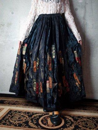 古着 通販 ヴィンテージ 刺繍 オリエンタル柄 スカート Oriental Embroidery & Patch Skirt