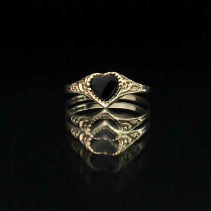 古着 通販 ヴィンテージ シグネット リング【Made in ENGLAND】【375 9ct Gold】Heart Shaped Design × Onyx