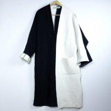 nusumigui<br /><br />Black&White Knit Court