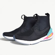 NIKE<br /><br />AIR ZOOM LEGEND <br />NIKE LABNIKE LAB×RICCARDO TISCI