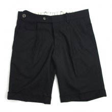 puzzle<br /><br />solid pleated shorts