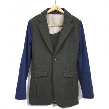 GEGENLESEN<br /><br />Wool Jacket