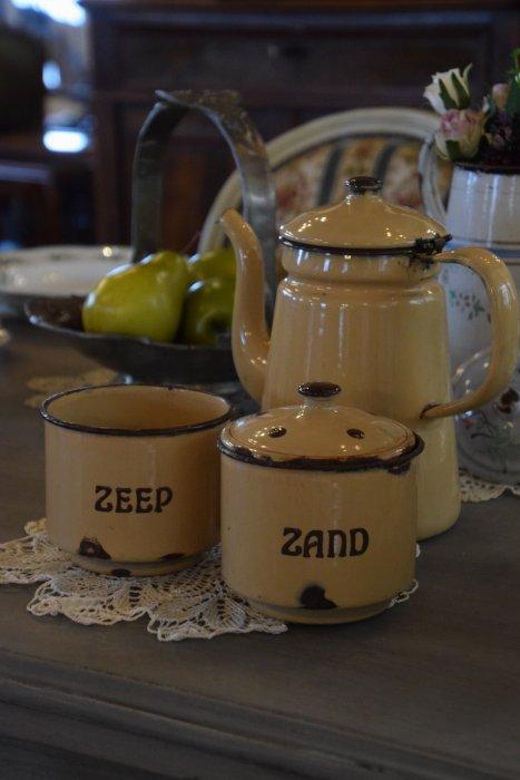 ホーロー製 コーヒーポット&洗剤ケースの3点セット(送料込み)