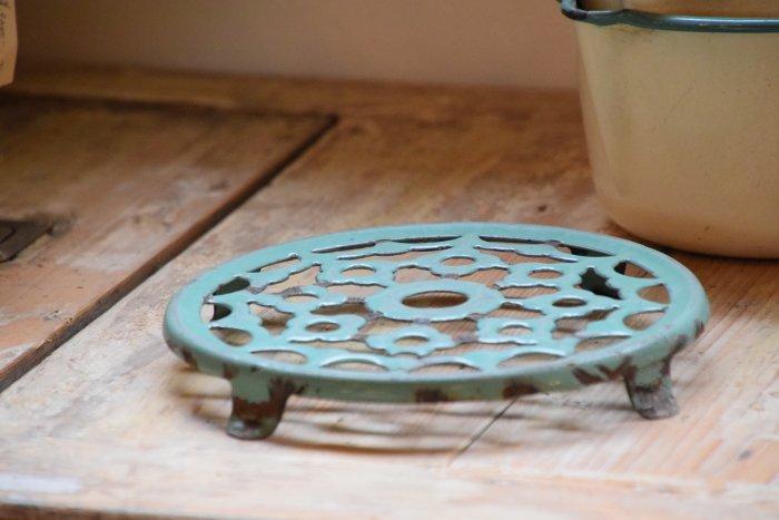 ホーロートリベット 鍋敷き� (送料込み)