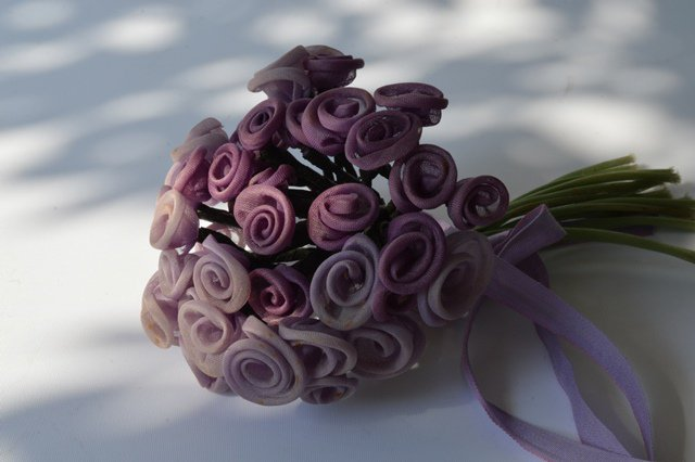 夏色の紫の花のコサージュ