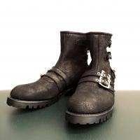<img class='new_mark_img1' src='//img.shop-pro.jp/img/new/icons1.gif' style='border:none;display:inline;margin:0px;padding:0px;width:auto;' />[blackmeans] 3 Buckle Boots (Clash Leather)
