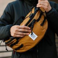 MOUNTAIN SLING BAG