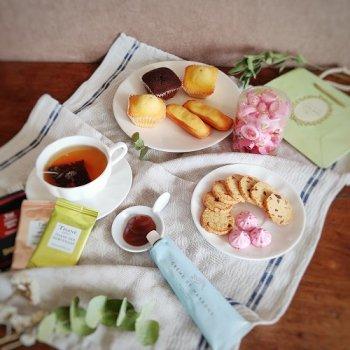 【フランス美味しいもの便】メレンゲ菓子・焼き菓子・マロンクリーム・フィグサブレ・フレグランスティー (送料込み)