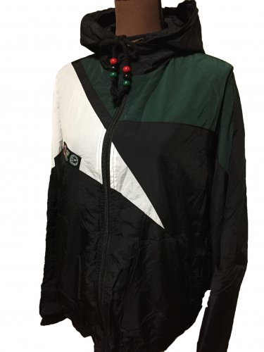 <img class='new_mark_img1' src='//img.shop-pro.jp/img/new/icons15.gif' style='border:none;display:inline;margin:0px;padding:0px;width:auto;' />Windbreaker jacket