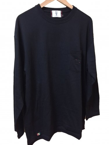 <img class='new_mark_img1' src='//img.shop-pro.jp/img/new/icons15.gif' style='border:none;display:inline;margin:0px;padding:0px;width:auto;' />Pocket Long sleeve T-shirt【Black】