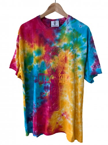 <img class='new_mark_img1' src='https://img.shop-pro.jp/img/new/icons15.gif' style='border:none;display:inline;margin:0px;padding:0px;width:auto;' />Pink×Blue×Yellow Tie Dye T-shirt