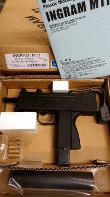 ★マイズファクトリー CAWグループ INGRAM M11 イングラム コンプリート サプレッサー付 発火式 MGCリバイバル モデルガン