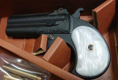 ★MULE ダブルバレルデリンジャー Engraving F.C.SP. ホワイトパールGrip 発火式 CAW モデルガン