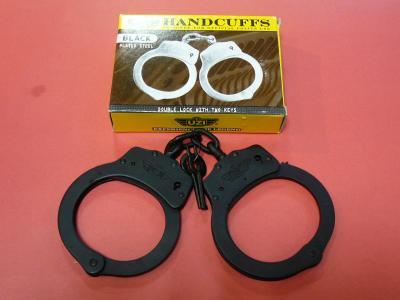 ★UZI社 POLICE(警察) 実物手錠 黒 ウージー 拘束具 ハンドカフ handcuff