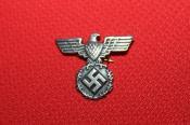 ★バッジ ナチスドイツ E