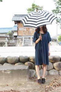傳tutaee 日傘 きつねのたすき ボーダー (生成り×黒)