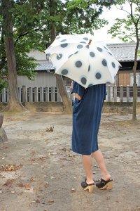 傳tutaee 日傘 きつねのたすき 水玉(生成り×水色×黒)
