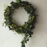 プリザーブドフラワーの蔦のグリーンリース