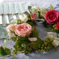 雑誌クレア 掲載 幸せリースシリーズ 蔦とバラのフラワーリース