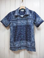 <img class='new_mark_img1' src='https://img.shop-pro.jp/img/new/icons41.gif' style='border:none;display:inline;margin:0px;padding:0px;width:auto;' />【Burnout】BANDANA PATTERN S/S SHIRT(NAVY)