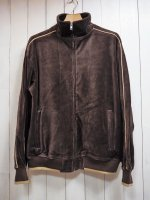 <img class='new_mark_img1' src='https://img.shop-pro.jp/img/new/icons41.gif' style='border:none;display:inline;margin:0px;padding:0px;width:auto;' />【SWEATSEDO】VELOUR TRACK TOP(BROWN)