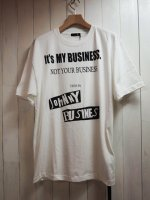 <img class='new_mark_img1' src='//img.shop-pro.jp/img/new/icons41.gif' style='border:none;display:inline;margin:0px;padding:0px;width:auto;' />【JOHNNY BUSINESS】It's My Business T-SHIRT(WHITE)