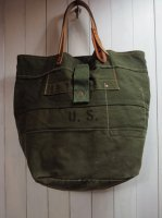 <img class='new_mark_img1' src='https://img.shop-pro.jp/img/new/icons41.gif' style='border:none;display:inline;margin:0px;padding:0px;width:auto;' />【Special】US ARMY REMAKE 70's DUFFLE TOTE BAG