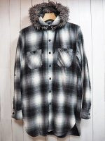 <img class='new_mark_img1' src='//img.shop-pro.jp/img/new/icons41.gif' style='border:none;display:inline;margin:0px;padding:0px;width:auto;' />【Burnout】DETACHABLE FUR HOODY LONG SHIRT(BLACK)